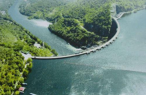 Barrage Bhumibol - Province Tak