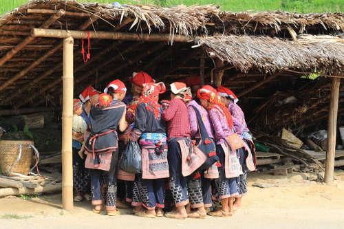 Groupe de femmes Yao Mien