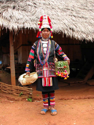 Vêtements Traditionnels de la tribu Akha