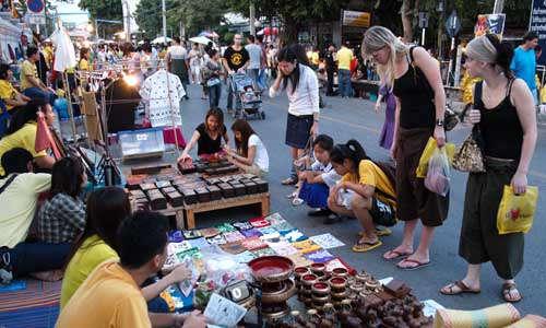 De nombreux marché vous accueillent à Chiang Mai