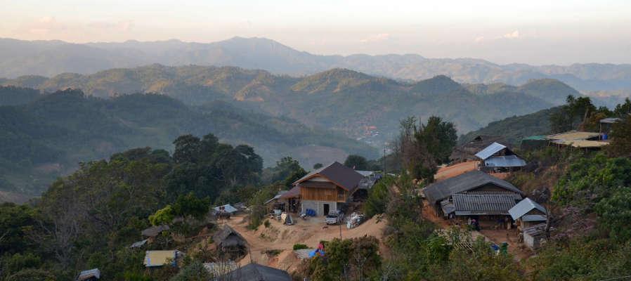 Village Akha