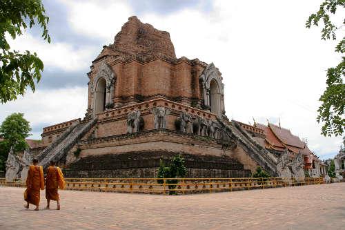 Le Wat Chedi Luang de Chiang Mai