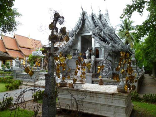 L'argente Wat Sri Suphan