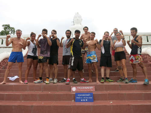 Apres le footing jusqu'au temple - Charn Chai Muay Thaï