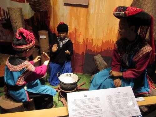 Scène de vie - Musée Tribal